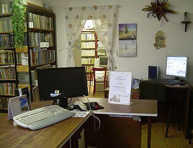 OBRÁZEK : knihovna1.jpg